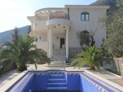 Image 1 | 6 bedroom villa for sale with 613m2 of land, Petrovac, Budva, Coastal Montenegro 224459
