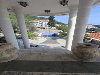 Image 7 | 6 bedroom villa for sale with 613m2 of land, Petrovac, Budva, Coastal Montenegro 224459