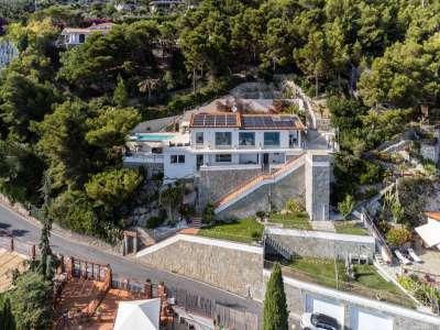 Image 2 | 4 bedroom villa for sale with 1,500m2 of land, Andora, Savona, Liguria 224575