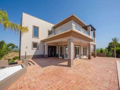 Image 10 | 4 bedroom villa for sale with 930m2 of land, Praia da Luz, Western Algarve, Algarve 224791