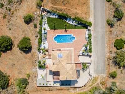 Image 3 | 4 bedroom villa for sale with 930m2 of land, Praia da Luz, Western Algarve, Algarve 224791