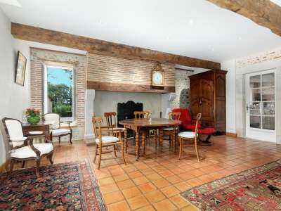 Image 3   4 bedroom manor house for sale with 0.68 hectares of land, Pau, Pyrenees-Atlantique , Gascony 225242