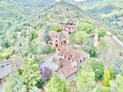 Image 1 | 12 bedroom villa for sale with 10 hectares of land, Cortona, Arezzo, Tuscany 225281
