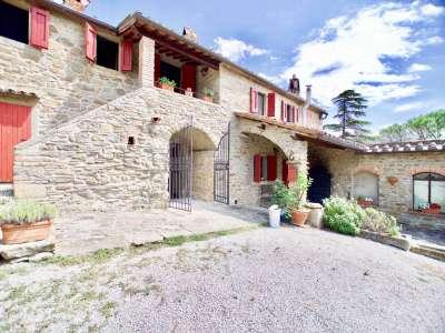 Image 2 | 12 bedroom villa for sale with 10 hectares of land, Cortona, Arezzo, Tuscany 225281