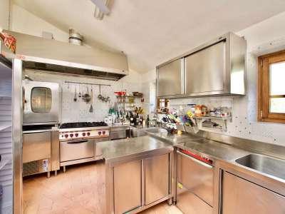Image 8 | 12 bedroom villa for sale with 10 hectares of land, Cortona, Arezzo, Tuscany 225281