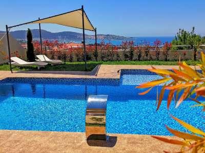 Image 2   4 bedroom villa for sale with 650m2 of land, Bar, Coastal Montenegro 225310
