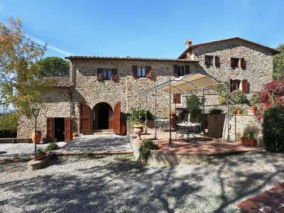 Image 1   5 bedroom villa for sale with 6.88 hectares of land, Gaiole in Chianti, Siena, Chianti Wine Region 225420