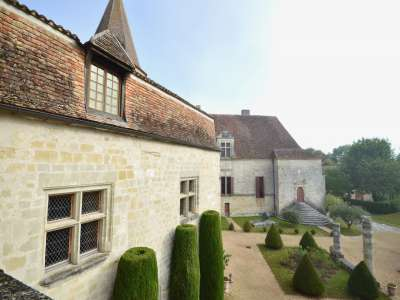 Image 4 | 10 bedroom French chateau for sale with 4 hectares of land, Bergerac, Dordogne , Aquitaine 225971