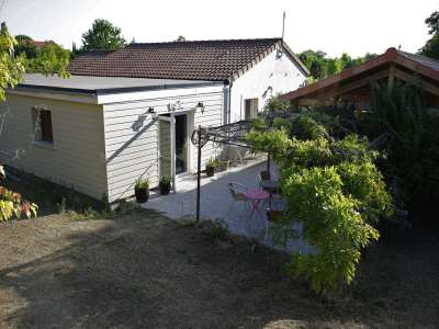 Image 1 | 2 bedroom camp site for sale with 3.17 hectares of land, Poitiers, Vienne , Poitou-Charentes 226095