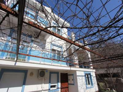 Image 2 | 5 bedroom townhouse for sale with 250m2 of land, Budva, Coastal Montenegro 226221