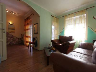 Image 3 | 5 bedroom townhouse for sale with 250m2 of land, Budva, Coastal Montenegro 226221