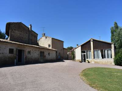 Image 2 | 9 bedroom house for sale with 1.02 hectares of land, Romans, Deux-Sevres , Poitou-Charentes 226686