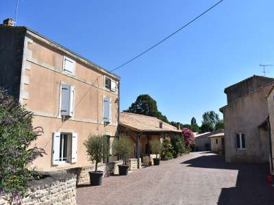 Image 3 | 9 bedroom house for sale with 1.02 hectares of land, Romans, Deux-Sevres , Poitou-Charentes 226686