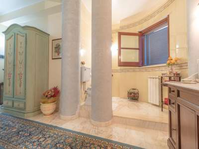 Image 14   5 bedroom villa for sale with 1,000m2 of land, Augusta, Syracuse, Sicily 227417