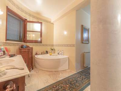 Image 15   5 bedroom villa for sale with 1,000m2 of land, Augusta, Syracuse, Sicily 227417