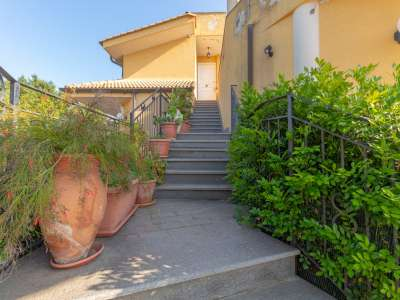 Image 19   5 bedroom villa for sale with 1,000m2 of land, Augusta, Syracuse, Sicily 227417