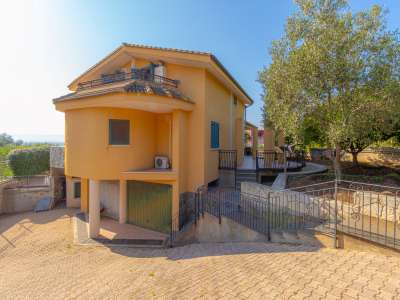 Image 32   5 bedroom villa for sale with 1,000m2 of land, Augusta, Syracuse, Sicily 227417