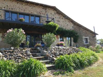 Image 3 | 5 bedroom house for sale with 0.94 hectares of land, Confolens, Charente , Poitou-Charentes 227483