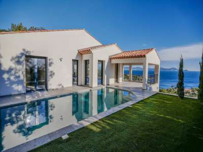 Image 1 | 5 bedroom villa for sale with 1,000m2 of land, Les Issambres, Sainte Maxime, French Riviera 228110