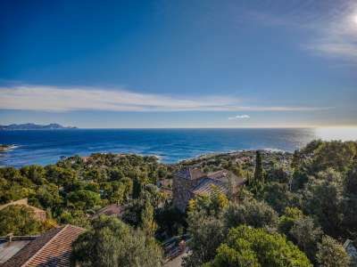Image 8 | 5 bedroom villa for sale with 1,000m2 of land, Les Issambres, Sainte Maxime, French Riviera 228110