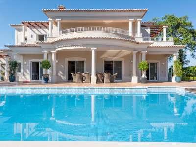 Image 25 | 5 bedroom villa for sale with 0.36 hectares of land, Almancil, Central Algarve, Algarve Golden Triangle 228344