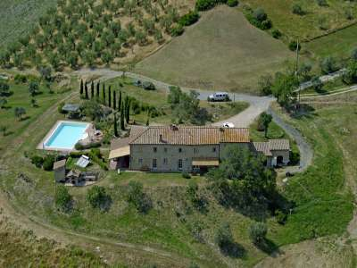 Image 18 | 11 bedroom farmhouse for sale with 15 hectares of land, Pomarance, Pisa, Tuscany 228648