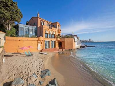 Image 3   10 bedroom villa for sale with 1,436m2 of land, Saint Tropez, St Tropez, French Riviera 228709