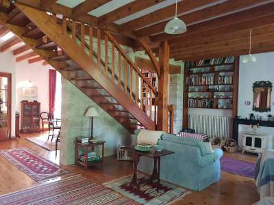 Image 3   5 bedroom house for sale with 0.42 hectares of land, Lambesc, Bouches-du-Rhone , Provence 228710