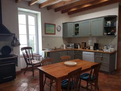 Image 6   5 bedroom house for sale with 0.42 hectares of land, Lambesc, Bouches-du-Rhone , Provence 228710