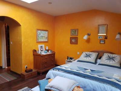 Image 7   5 bedroom house for sale with 0.42 hectares of land, Lambesc, Bouches-du-Rhone , Provence 228710