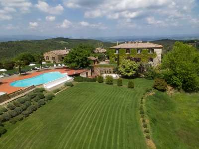 Image 2 | 10 bedroom house for sale with 161 hectares of land, Murlo, Siena, Tuscany 228826