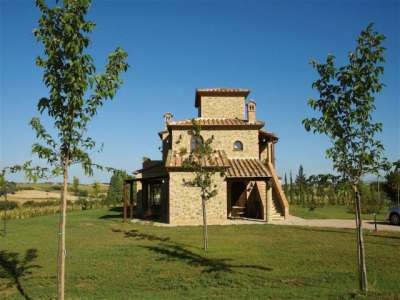 Image 2 | 8 bedroom house for sale with 4.5 hectares of land, Castiglione del Lago, Perugia, Umbria 228885