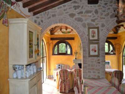 Image 5 | 8 bedroom house for sale with 4.5 hectares of land, Castiglione del Lago, Perugia, Umbria 228885