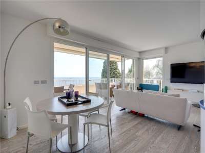 Image 4 | 2 bedroom apartment for sale with 50m2 of land, Roquebrune Cap Martin, French Riviera 229062