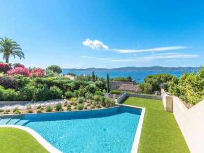 Image 2 | 5 bedroom villa for sale with 1,923m2 of land, Sainte Maxime, French Riviera 229260