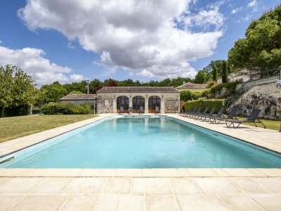 Image 2   15 bedroom house for sale with 4.05 hectares of land, Cognac, Charente , Poitou-Charentes 229529