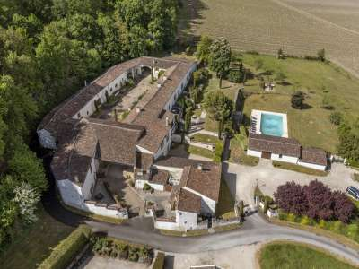 Image 6   15 bedroom house for sale with 4.05 hectares of land, Cognac, Charente , Poitou-Charentes 229529