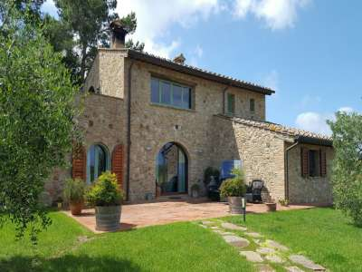 Image 1 | 3 bedroom apartment for sale with 550m2 of land, Volterra, Pisa, Tuscany 229636