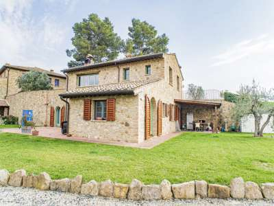 Image 5 | 3 bedroom apartment for sale with 550m2 of land, Volterra, Pisa, Tuscany 229636
