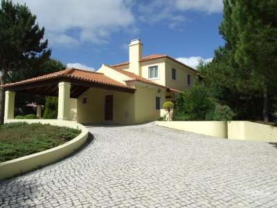 Image 1 | 4 bedroom villa for sale with 0.2 hectares of land, Sesimbra, Setubal District, Alentejo Southern Portugal 229724