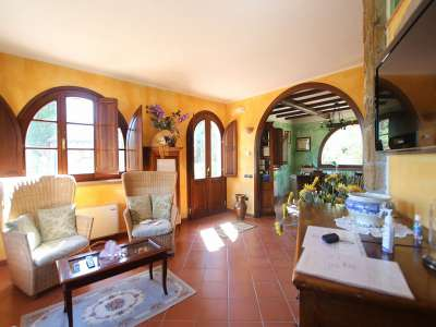Image 4   5 bedroom villa for sale with 0.86 hectares of land, Montescudaio, Pisa, Tuscany 229853