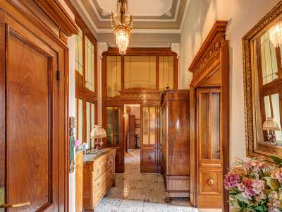 Image 10   8 bedroom villa for sale with 0.5 hectares of land, Como, Lake Como 229870