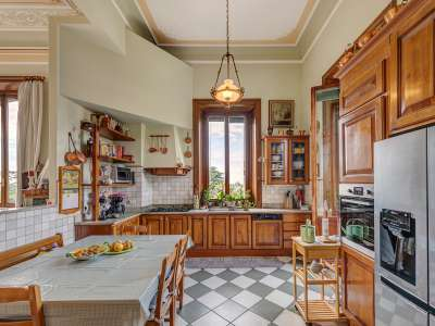 Image 12   8 bedroom villa for sale with 0.5 hectares of land, Como, Lake Como 229870