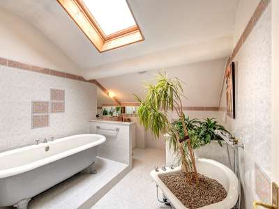 Image 19   8 bedroom villa for sale with 0.5 hectares of land, Como, Lake Como 229870