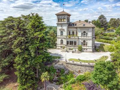 Image 2   8 bedroom villa for sale with 0.5 hectares of land, Como, Lake Como 229870