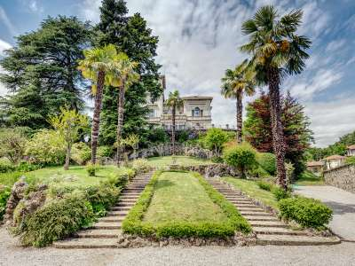Image 4   8 bedroom villa for sale with 0.5 hectares of land, Como, Lake Como 229870