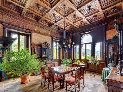 Image 5   8 bedroom villa for sale with 0.5 hectares of land, Como, Lake Como 229870