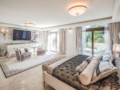 Image 15   8 bedroom villa for sale with 0.23 hectares of land, Cap d'Antibes, Antibes Juan les Pins, French Riviera 230072