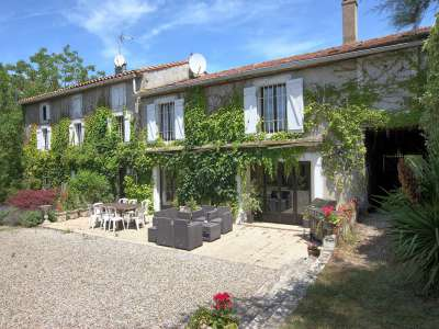 Image 2 | 7 bedroom farmhouse for sale with 4.85 hectares of land, Limoux, Aude , Languedoc-Roussillon 230137