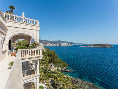 Image 1   9 bedroom villa for sale with 1,430m2 of land, Cala Vinyes, South Western Mallorca, Mallorca 230180